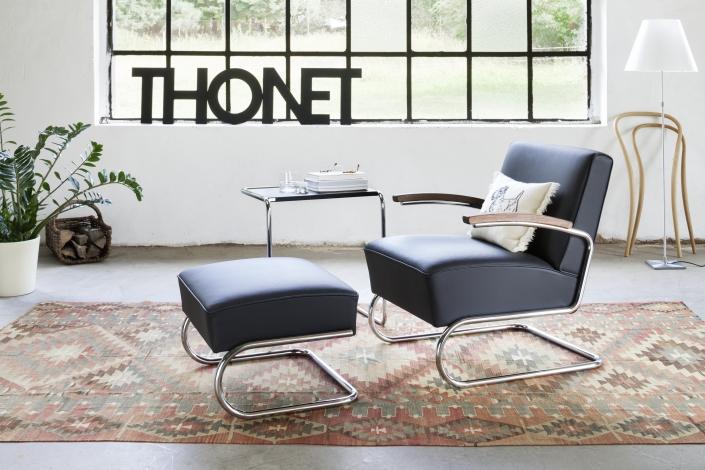 Thonet, Sessel, Leder, Ledersessel, Bauhaus, Beistelltisch, Stahlrohr, Stahlrohrmöbel, Möbel, Wohnen, Einrichtung, S 411, B 97