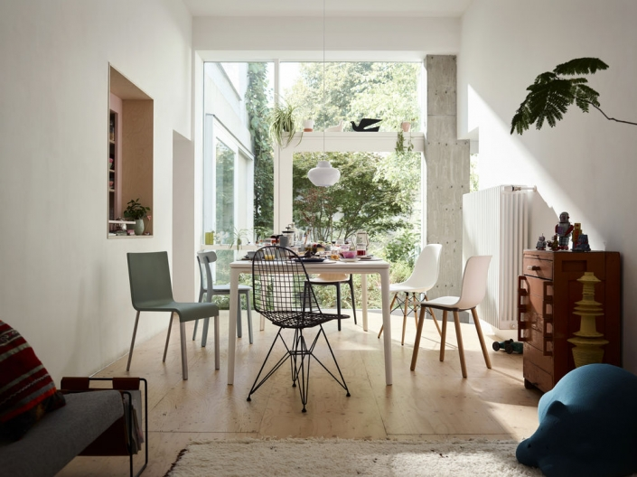 Vitra, Esszimmer, Esstisch, Esszimmerstühle, Plate Dining Table, Eames Wire Chair, .03, Hal Wood, All Plastic Chair, Eames Plastic Chair