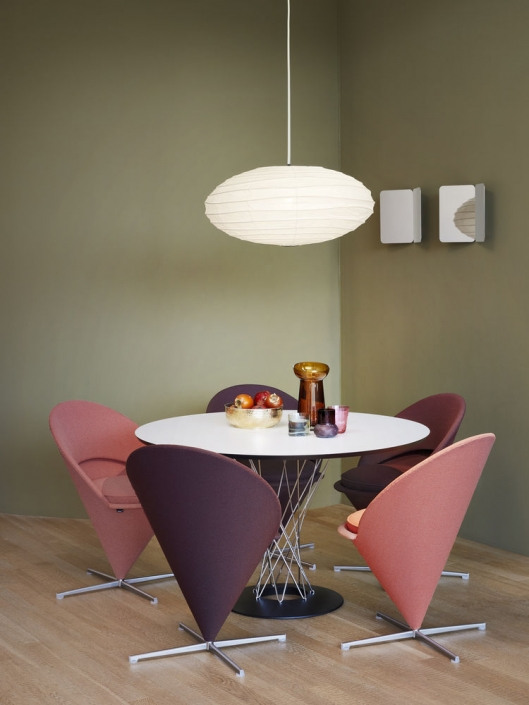 Vitra, Cone Chair, Panton, Noguchi, Dining Table, Esstisch, rund, Stuhl, Eistüte, Trichter, Kegel