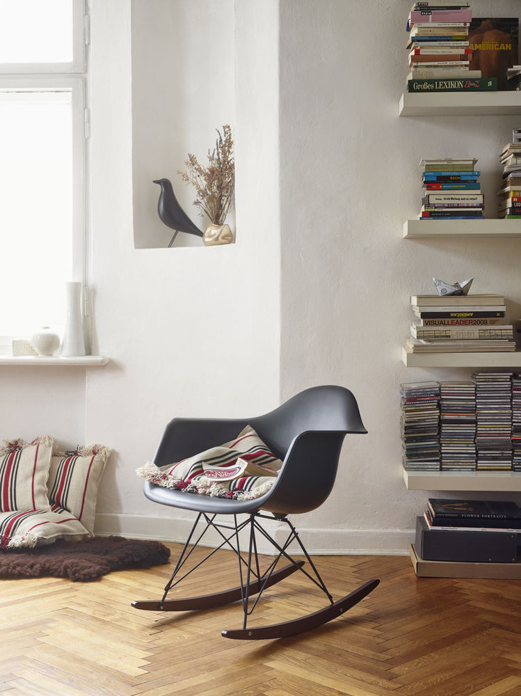 Vitra Eames Plastic Armchair RAR Schaukelstuhl