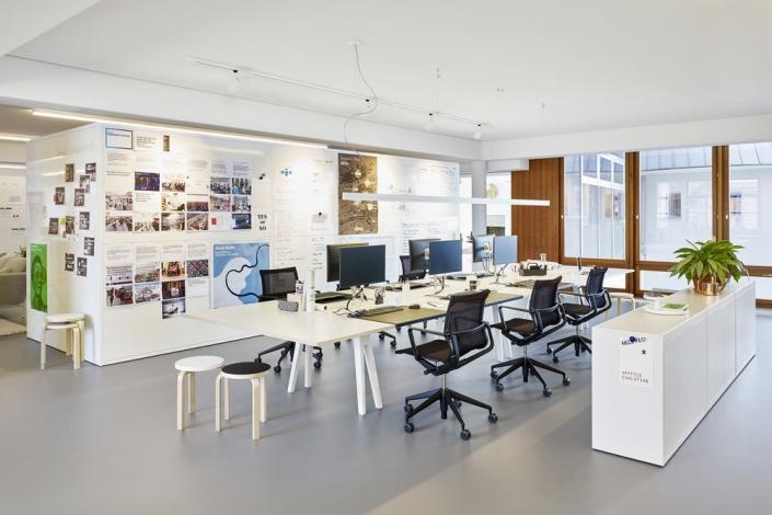 Vitra, Joyn Schreibtisch, Physix Studio Office Chair, Büro, Bürodrehstuhl, Schreibtischstuhl, Cor-Working Space, Work Bench, Gruppenarbeitsplatz, Bürokonzept, Büroeinrichtung
