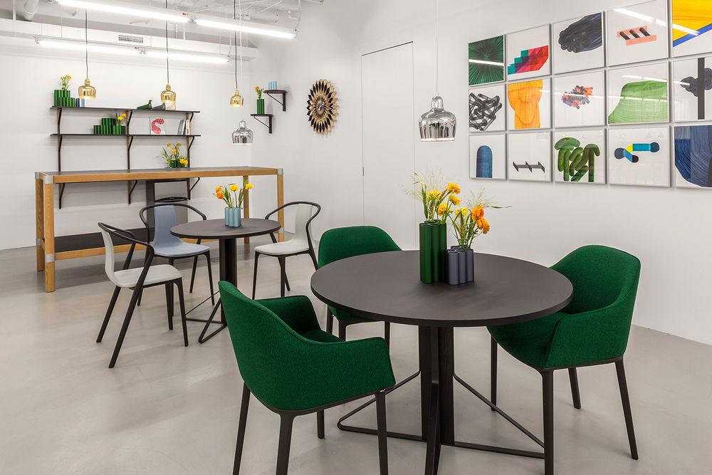 Vitra, Softshell Chair, Belleville Chair, Bistrostuhl, Polsterstuhl, Esszimmerstuhl, Esstischstuhl, Möbel, Einrichtung
